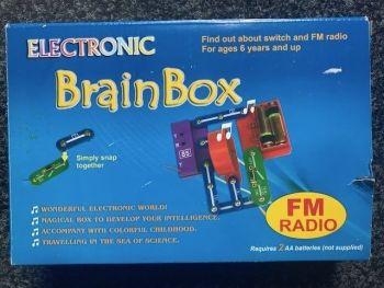 Brain Box Electronic FM Radio